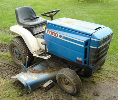FORD GARDEN TRACTOR