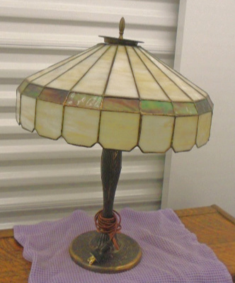 LEADED GLASS TABLE LAMP OLD