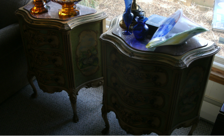 PR FRENCH CARVED END STANDS