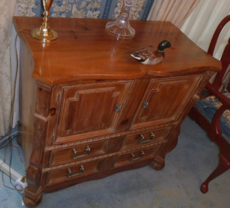KNOTTY PINE BUFFET